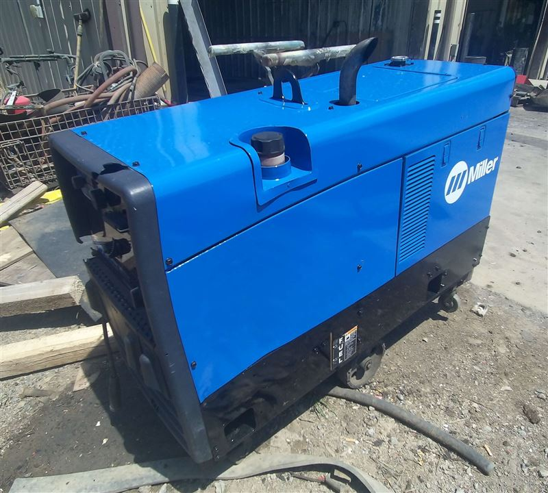 trailblazer 302 Miller trailblazer 302 welder #907549001 provides an all in one machine welder , generator, air compressor and battery charger adding convince on any job.