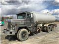 1991 International Pay Star 5000 Water Truck International Pay Star 5000 Water Truck  Image